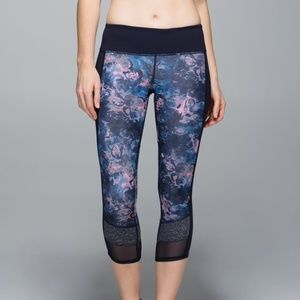 Lululemon If You're Lucky Full-On Luxtreme Sz 4 #9
